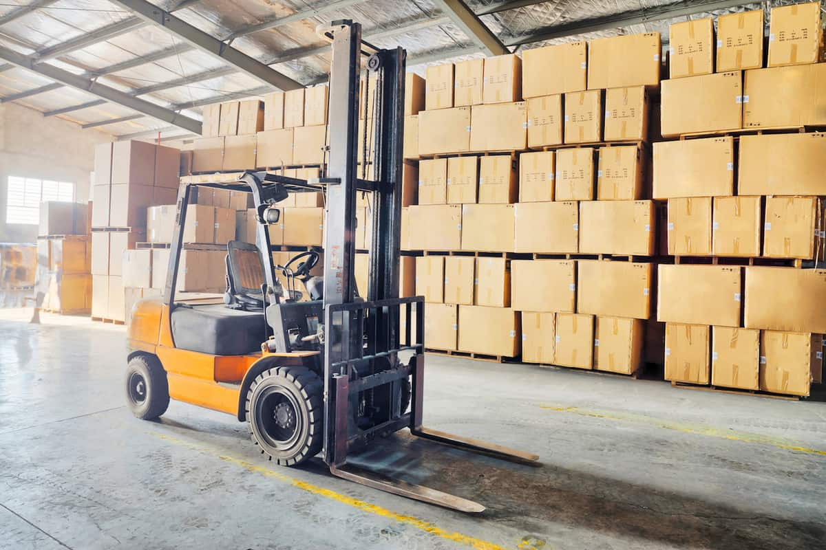 Inventory Management: Five Key Tips for Distributors featured image
