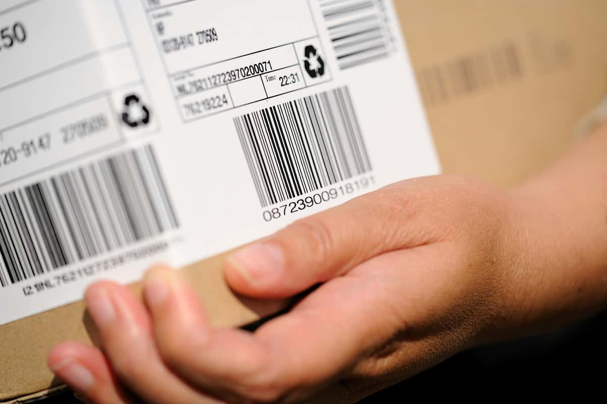 What Are The Serial Number Tracking Benefits? featured image