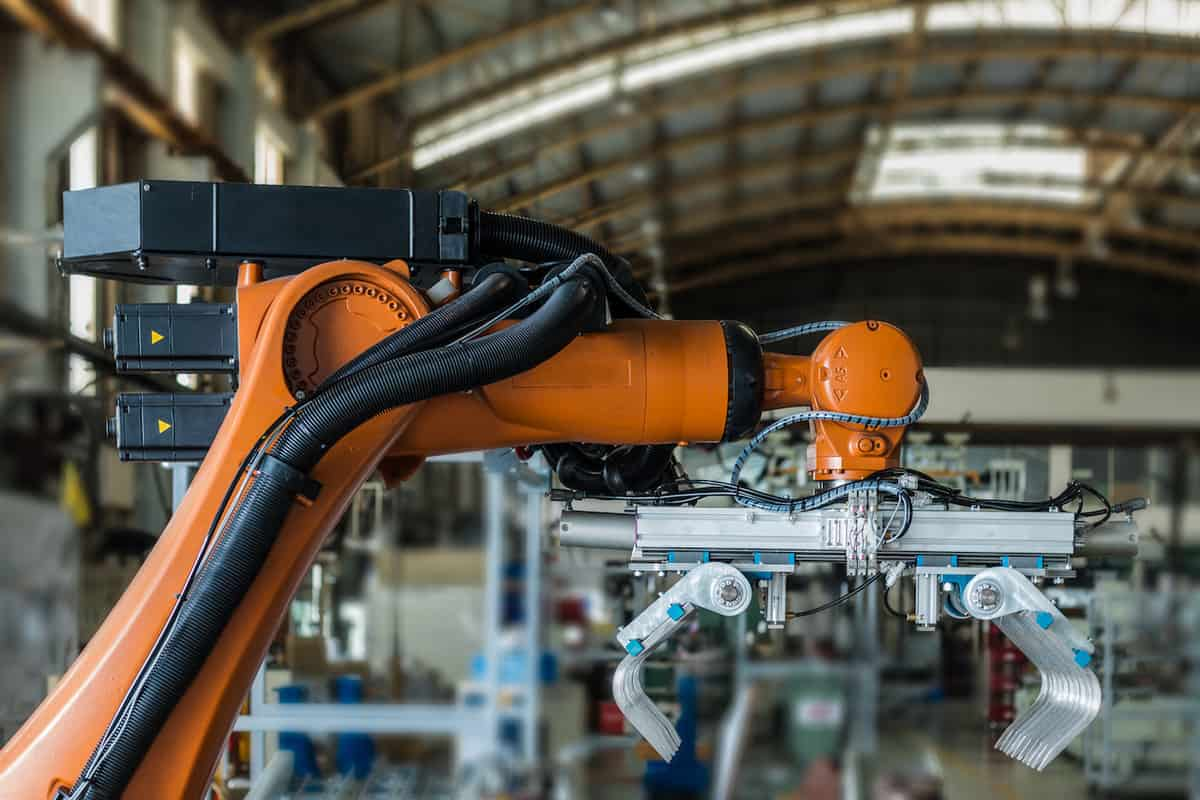How To Reduce Manufacturing Costs – The 10 Best Ways featured image