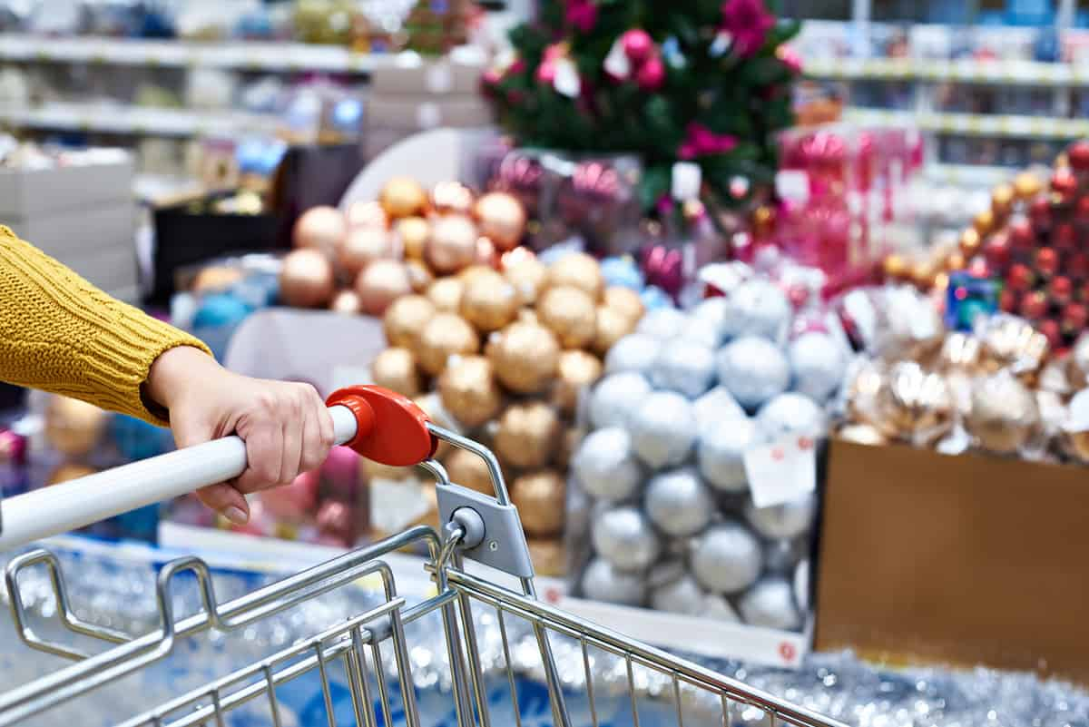 A Festive Balancing Act: Preparing for Holiday Season Sales featured image
