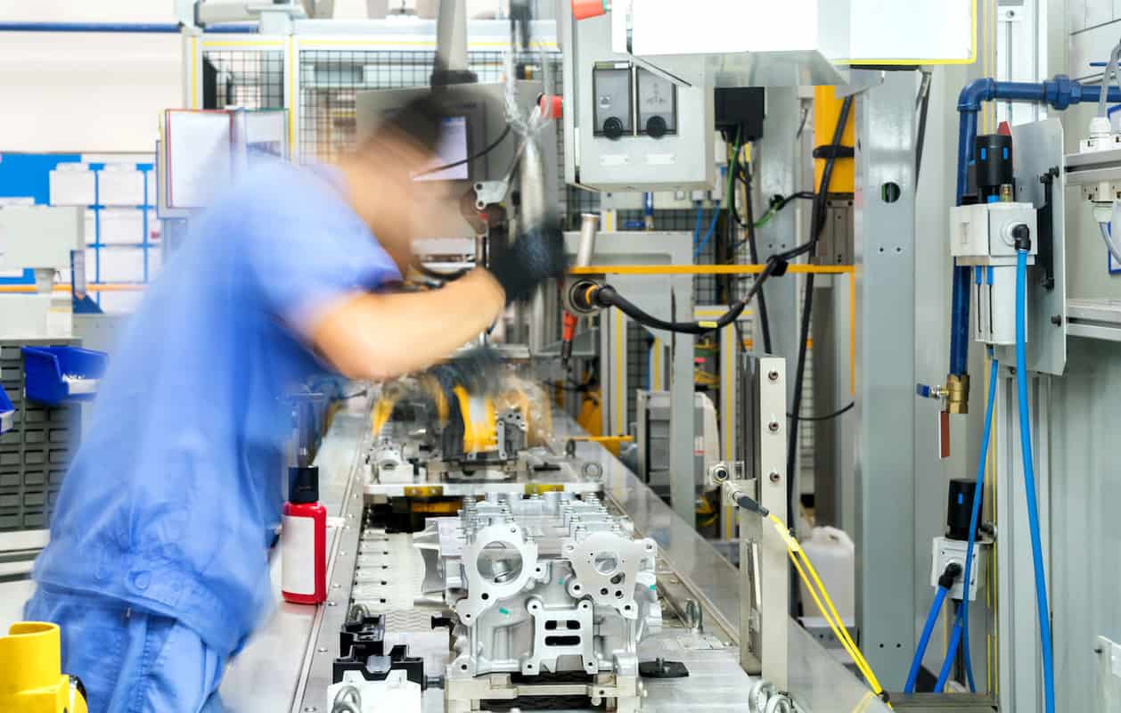 OEM vs ODMexplained – what's best for manufacturers? featured image