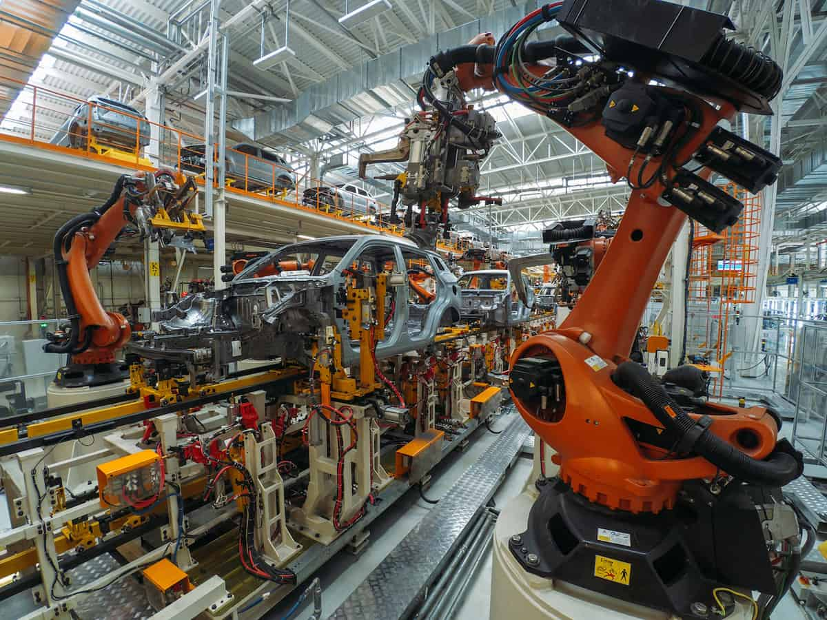 UK Manufacturers Harness Tech to Drive Productivity featured image