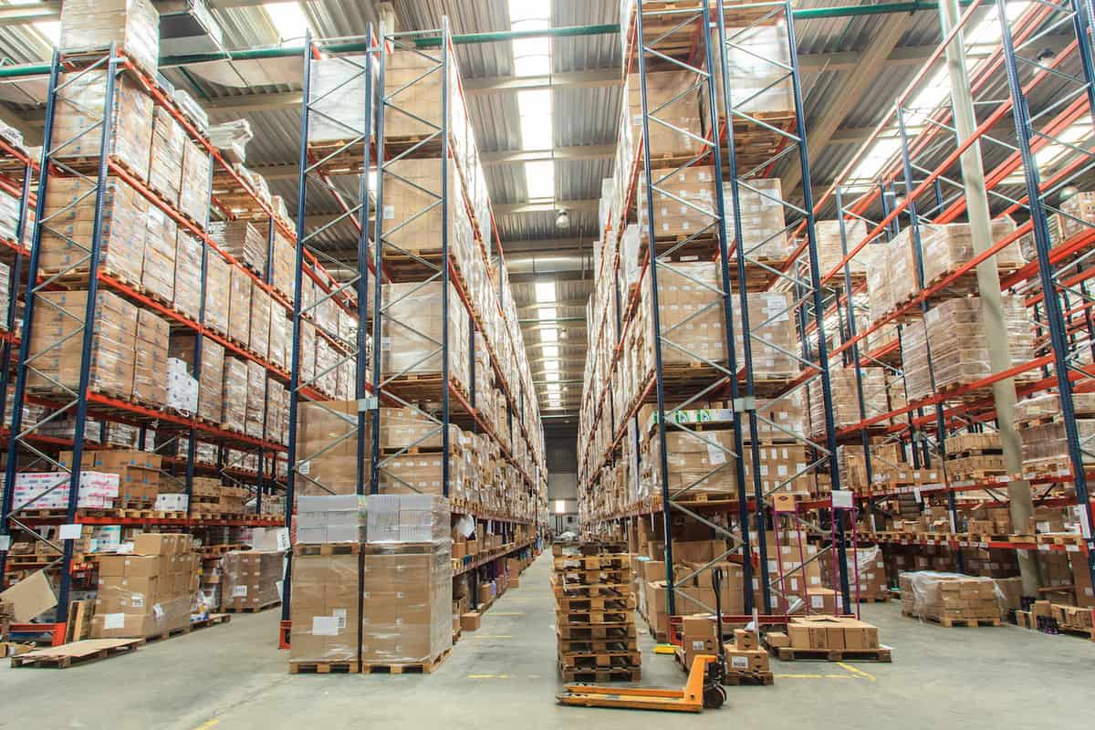 A Complete Guide to Managing Global Distribution featured image