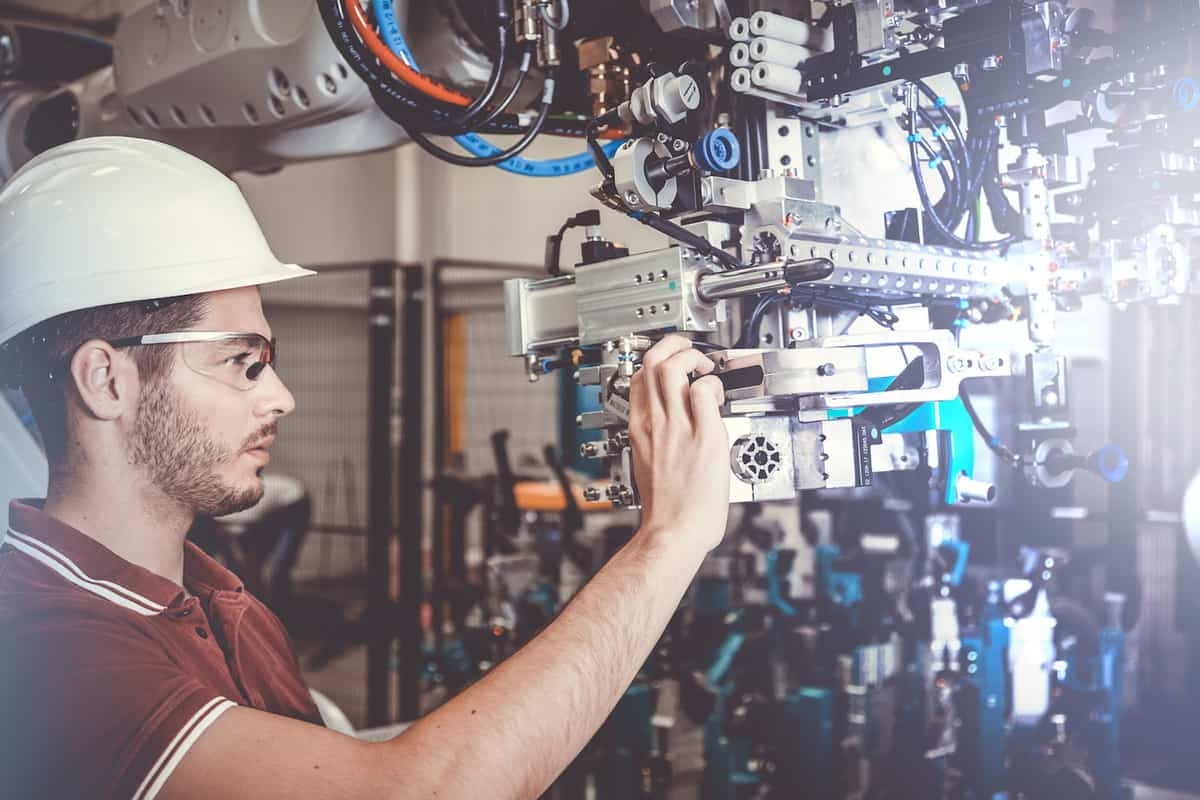 Flexible manufacturing in 2021 – flexible manufacturing systems explained featured image