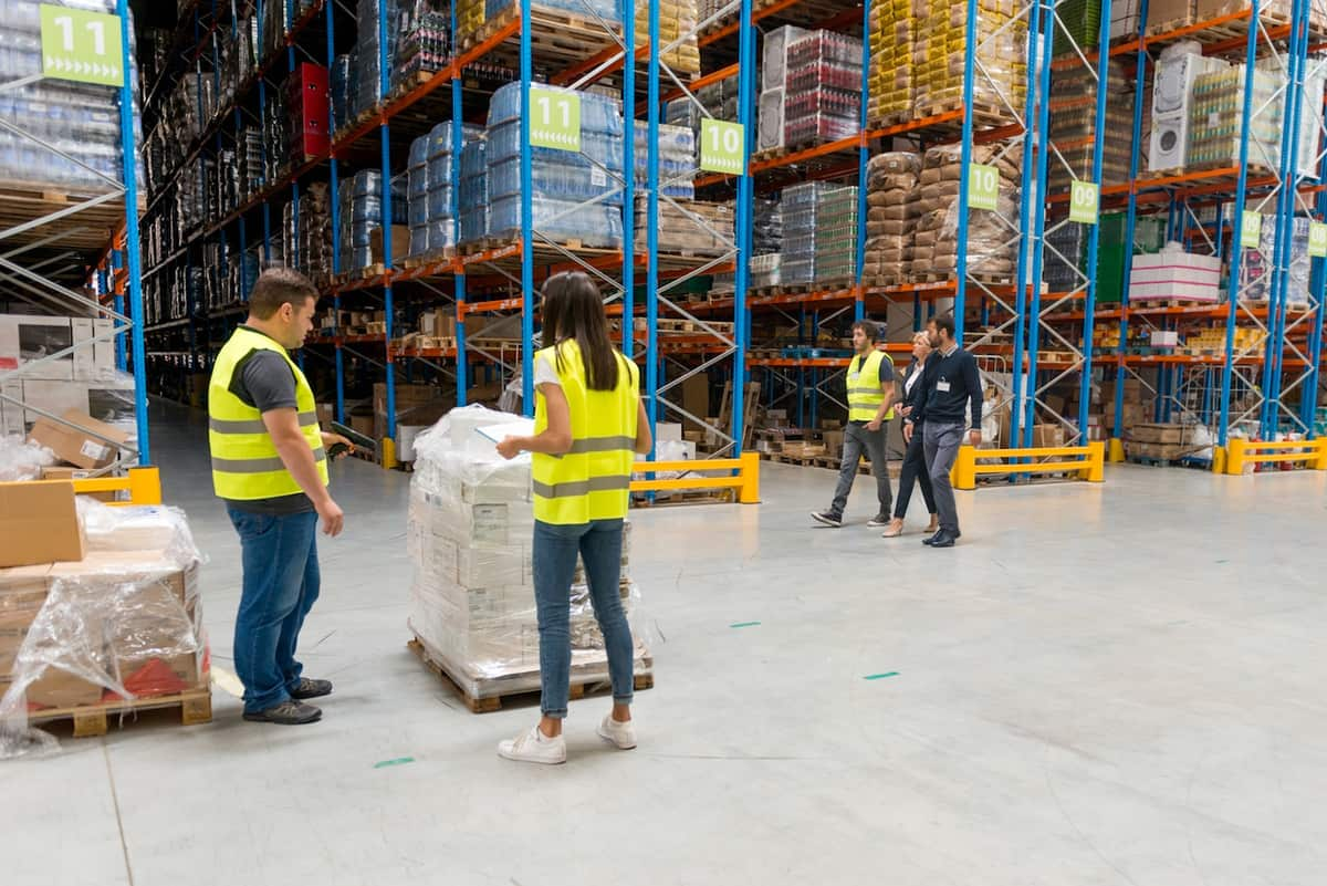 Managing Inventory Stock for Seasonal Businesses featured image