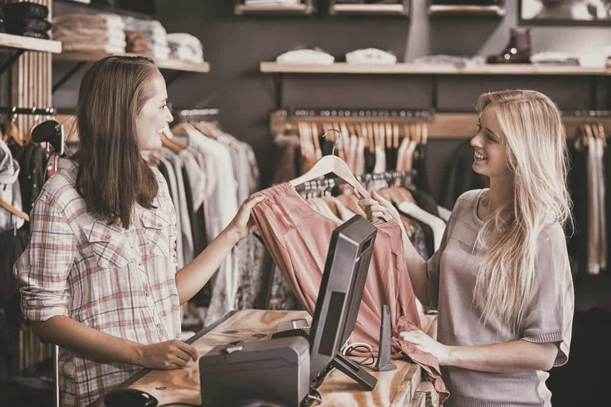 Handy Tips for Managing Inventory Stock During Seasonal Sales featured image