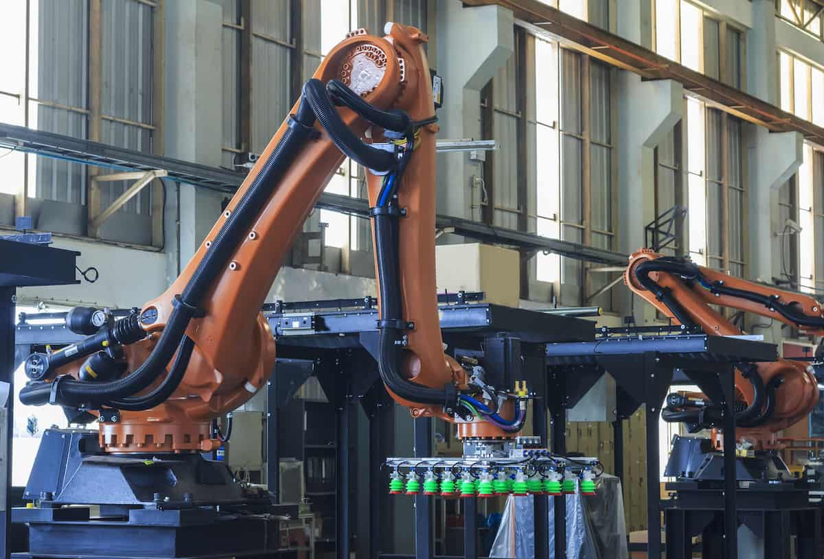 Digital Manufacturing and the Smart Factory in 2021 featured image