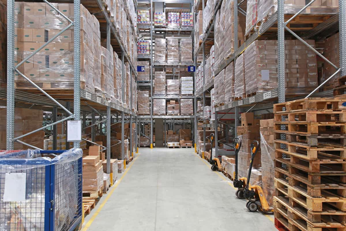 Inventory Control: Proactive vs Reactive Management featured image