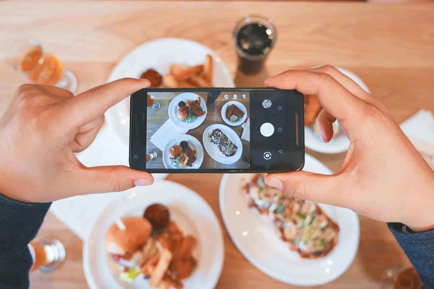 8 Brilliant Food Marketing Ideas featured image
