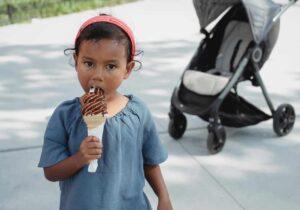 Child eating icecream